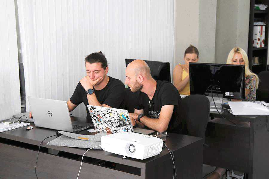 Почему крупным компаниям сложно найти веб-дизайнера?
